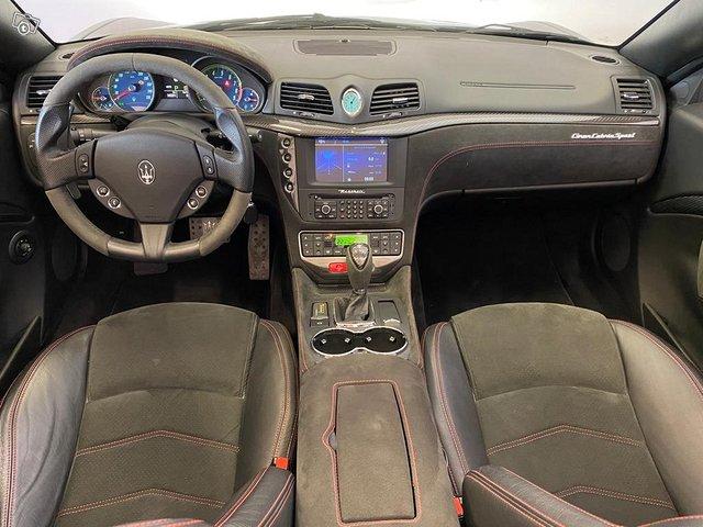 Maserati GranCabrio 13