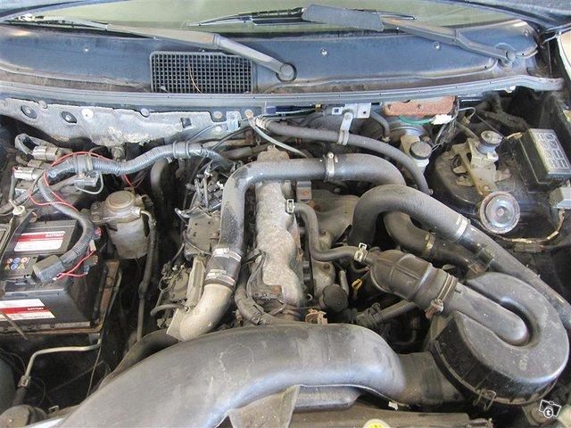 Mazda MPV 14