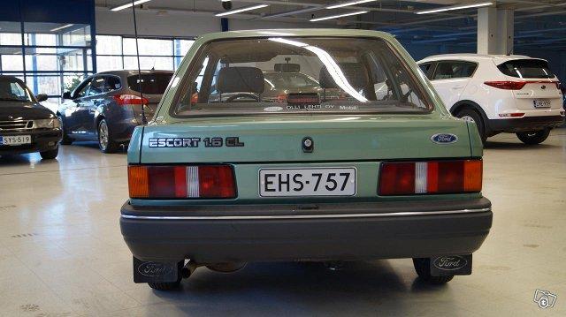 Ford Escort 11