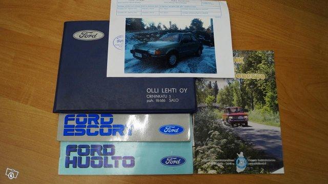 Ford Escort 15