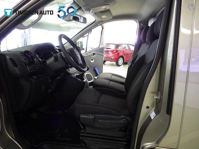 Opel Vivaro 18