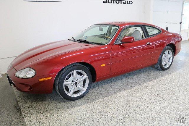 Jaguar XK8 7