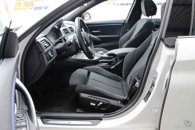 BMW 440 11
