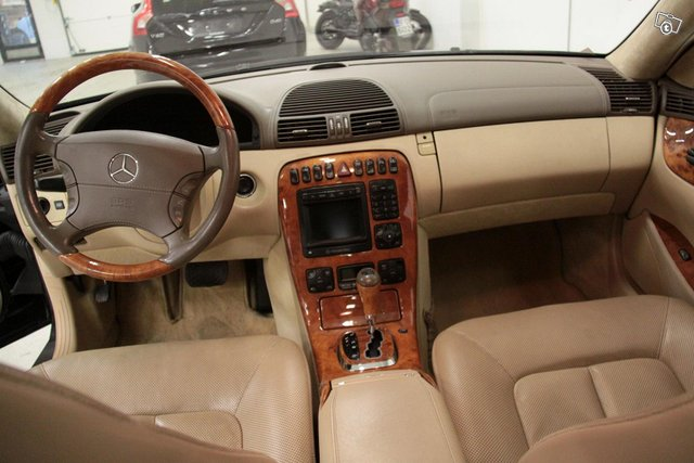 Mercedes-Benz CL 9