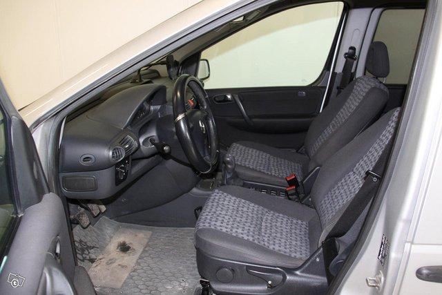 Mercedes-Benz Vaneo 4