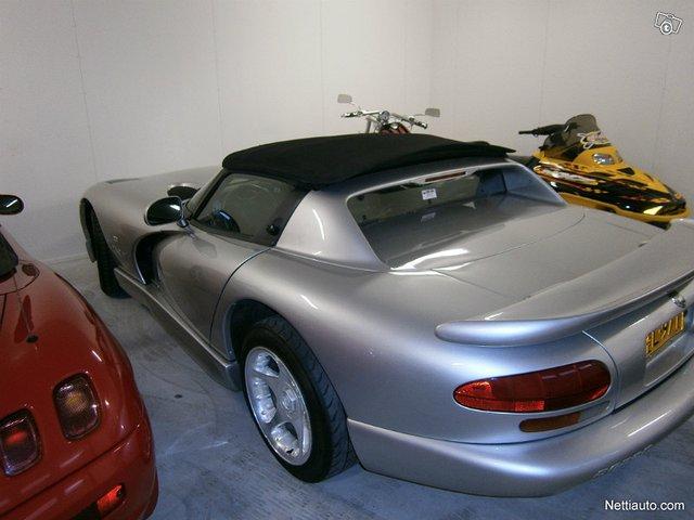 Dodge Viper 6