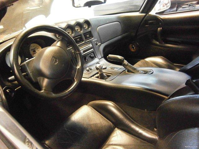 Dodge Viper 11