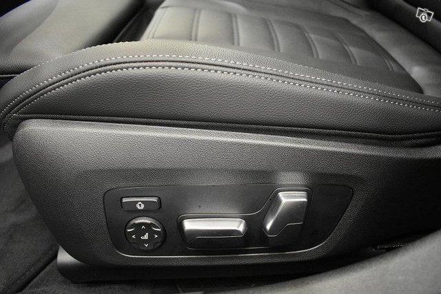 BMW 320 24