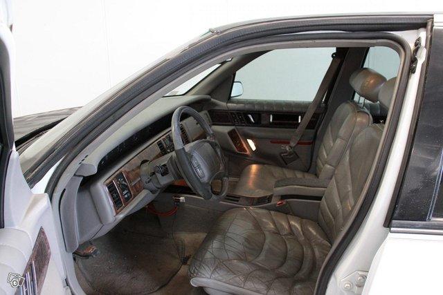 Buick Regal 4