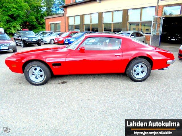 Pontiac Firebird 6