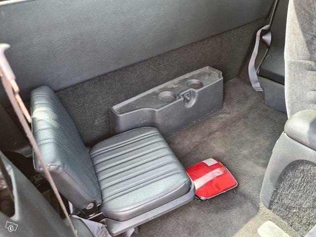 Chevrolet Pickup 13