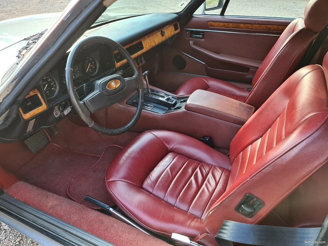 Jaguar XJS 16