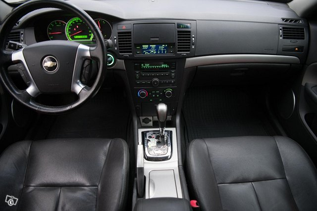 Chevrolet Epica 10