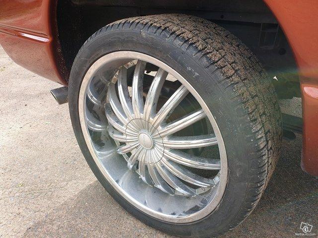 Dodge Ram 1500 15
