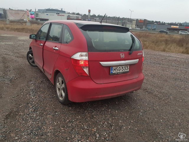 Honda FR-V 4