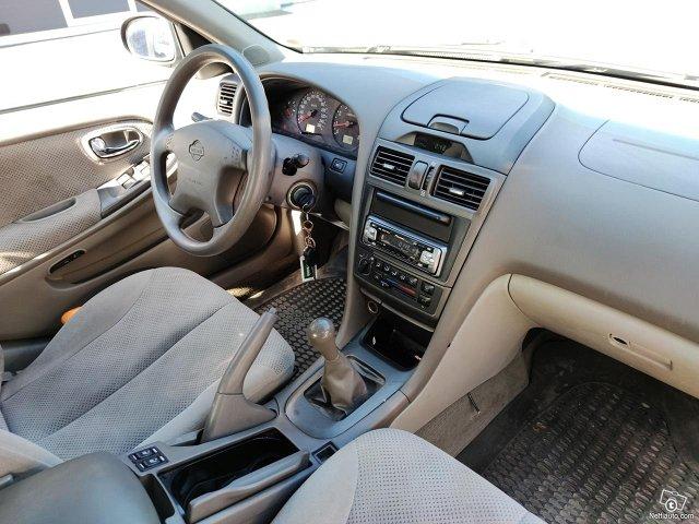 Nissan Maxima 10