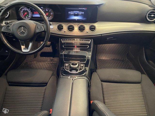 Mercedes-Benz E 12