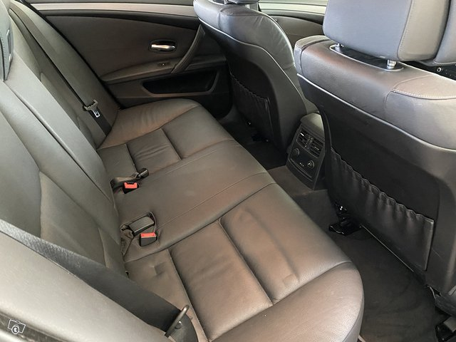 BMW 525d 7