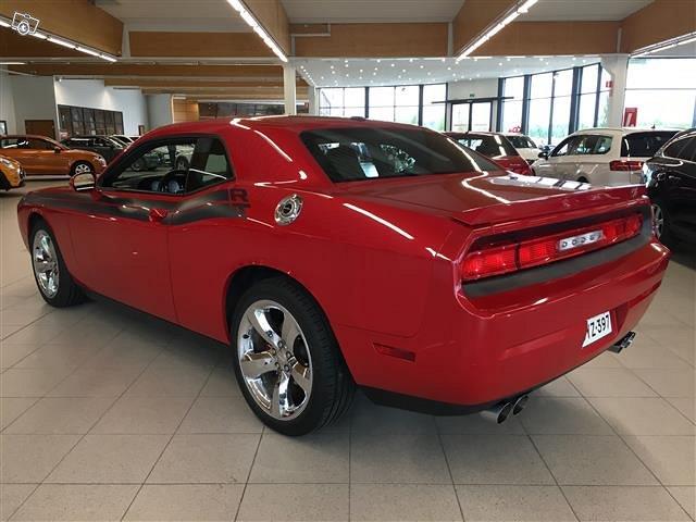 Dodge Challenger 3