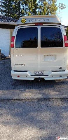 Chevrolet Express 4