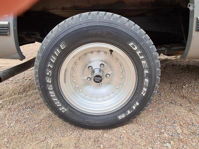 Chevrolet Sportside 12