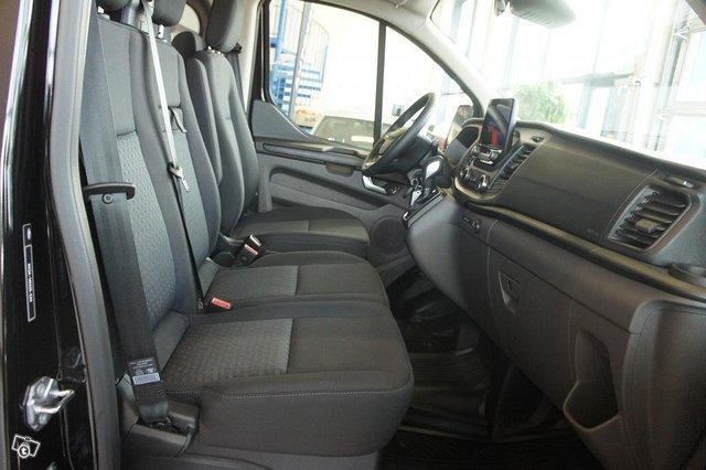 Ford Transit Custom 19