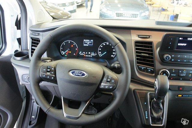 Ford Transit Custom 12