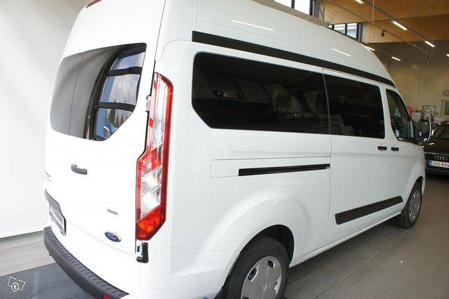Ford Transit Custom 17