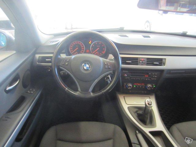 BMW 318i 7