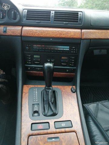 BMW 740 13