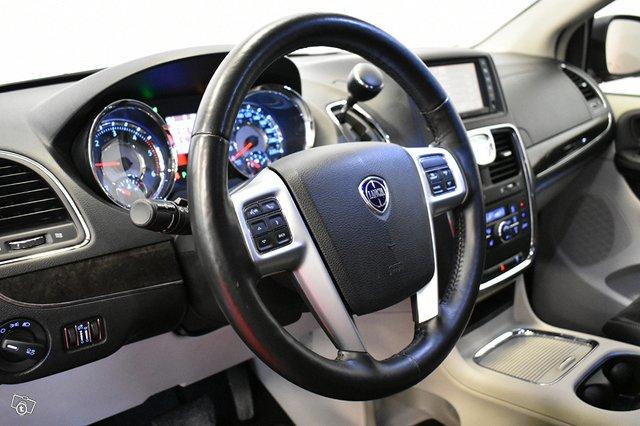 Lancia Grand Voyager 6