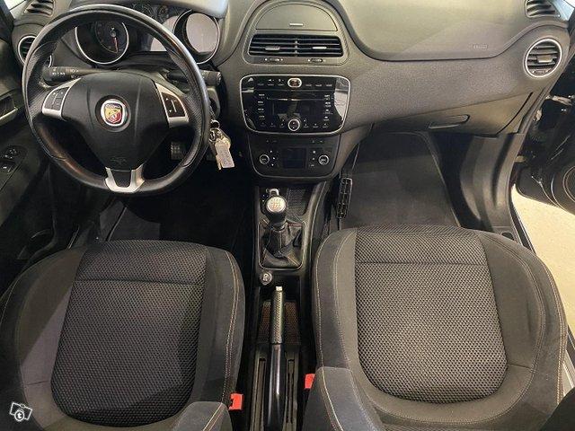 Fiat-Abarth Punto 12