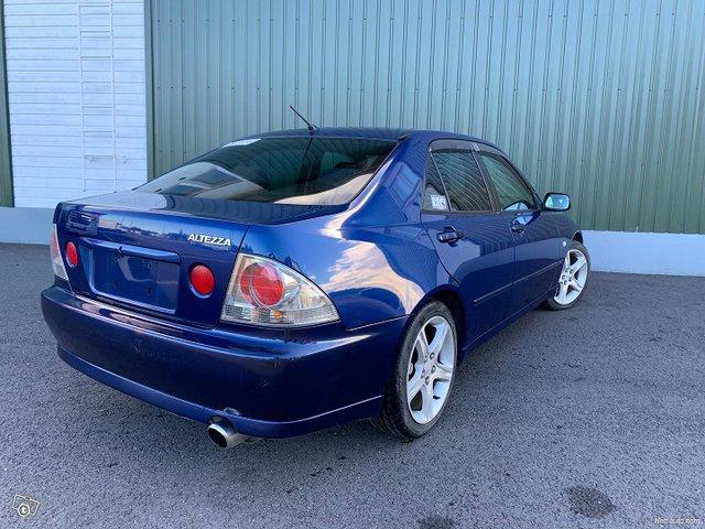 Toyota Altezza 7