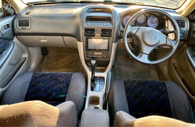 Toyota Caldina 9