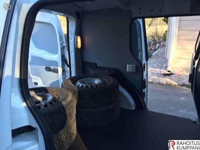 Renault Kangoo Express 12