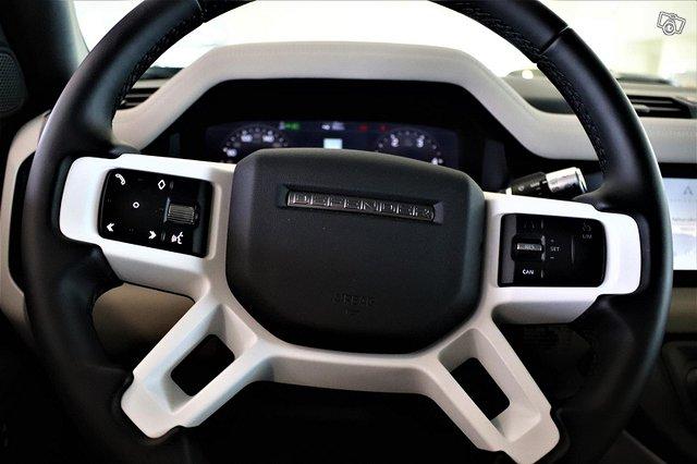 Land Rover Defender 11