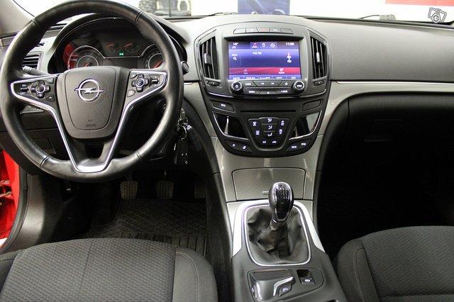 Opel INSIGNIA LIMOUSINE HB 9