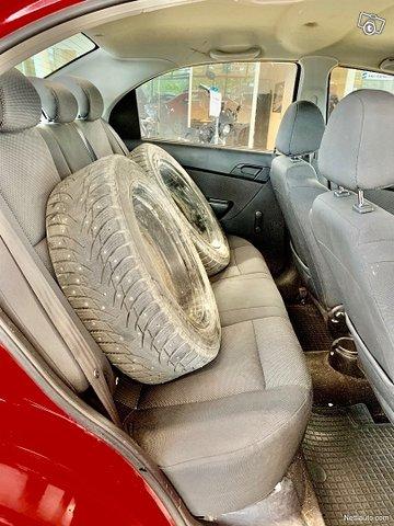 Chevrolet Aveo 15