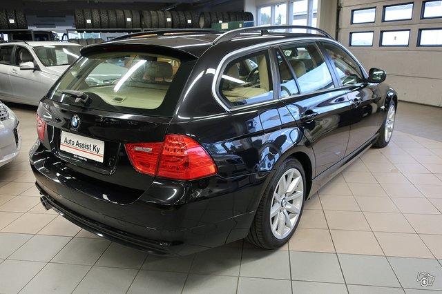 BMW 325i 4