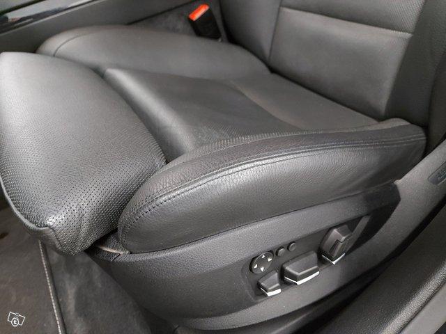 BMW 750 15