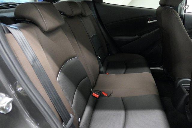 Mazda Mazda2 7