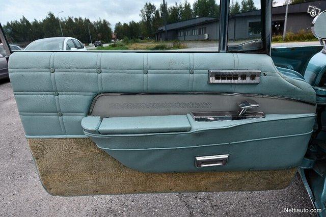 Chrysler Imperial 13