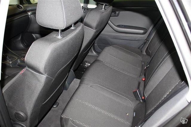 Seat Exeo 8