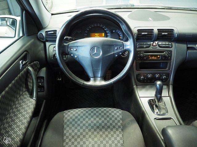Mercedes-Benz C 200 Kompressor 6