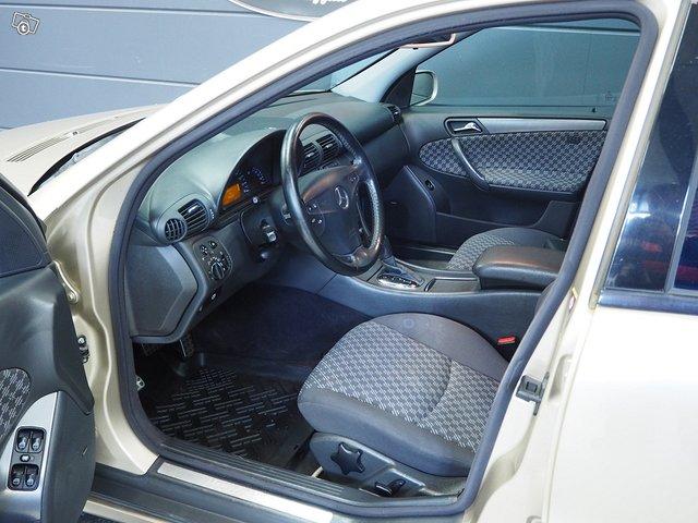 Mercedes-Benz C 200 Kompressor 7