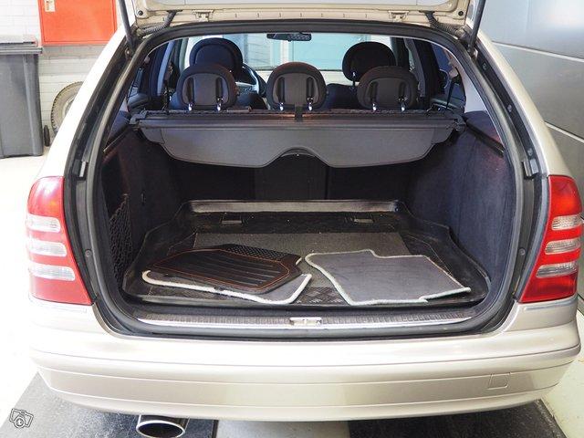Mercedes-Benz C 200 Kompressor 8