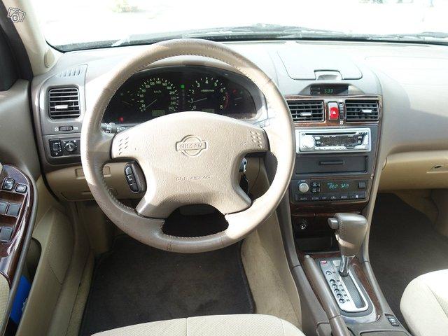 Nissan MAXIMA 5