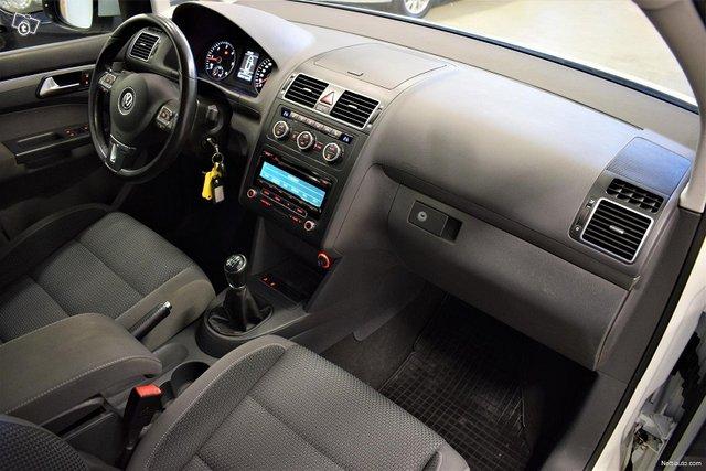 Volkswagen Touran 10