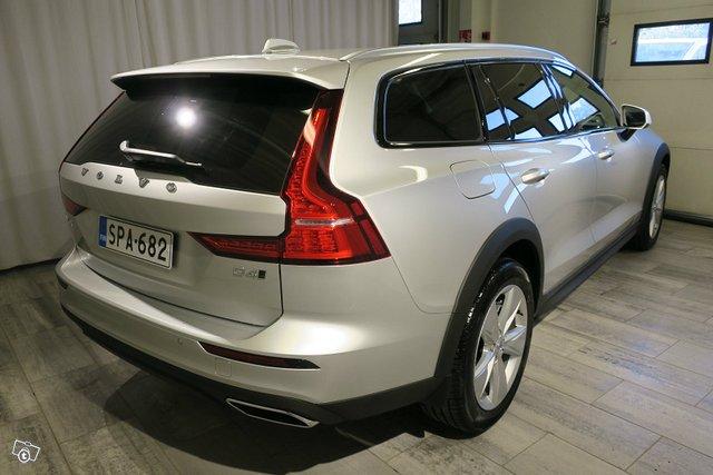 Volvo V60 CROSS COUNTRY 9