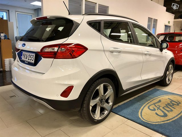 Ford Fiesta Active 5